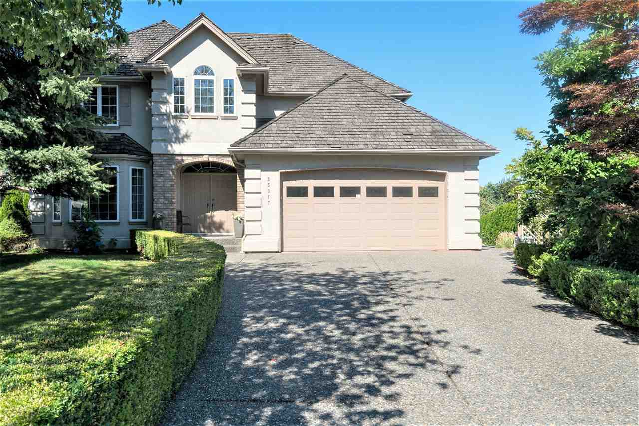 """Main Photo: 35917 STONECROFT Place in Abbotsford: Abbotsford East House for sale in """"Mountain meadows"""" : MLS®# R2193012"""