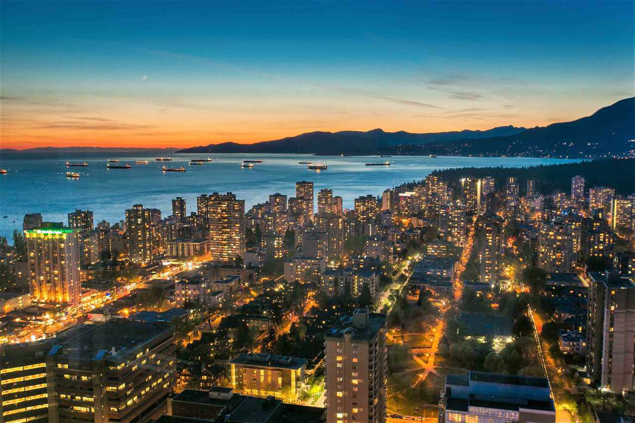 Main Photo: 4701 938 NELSON STREET in Vancouver: Downtown VW Condo for sale (Vancouver West)