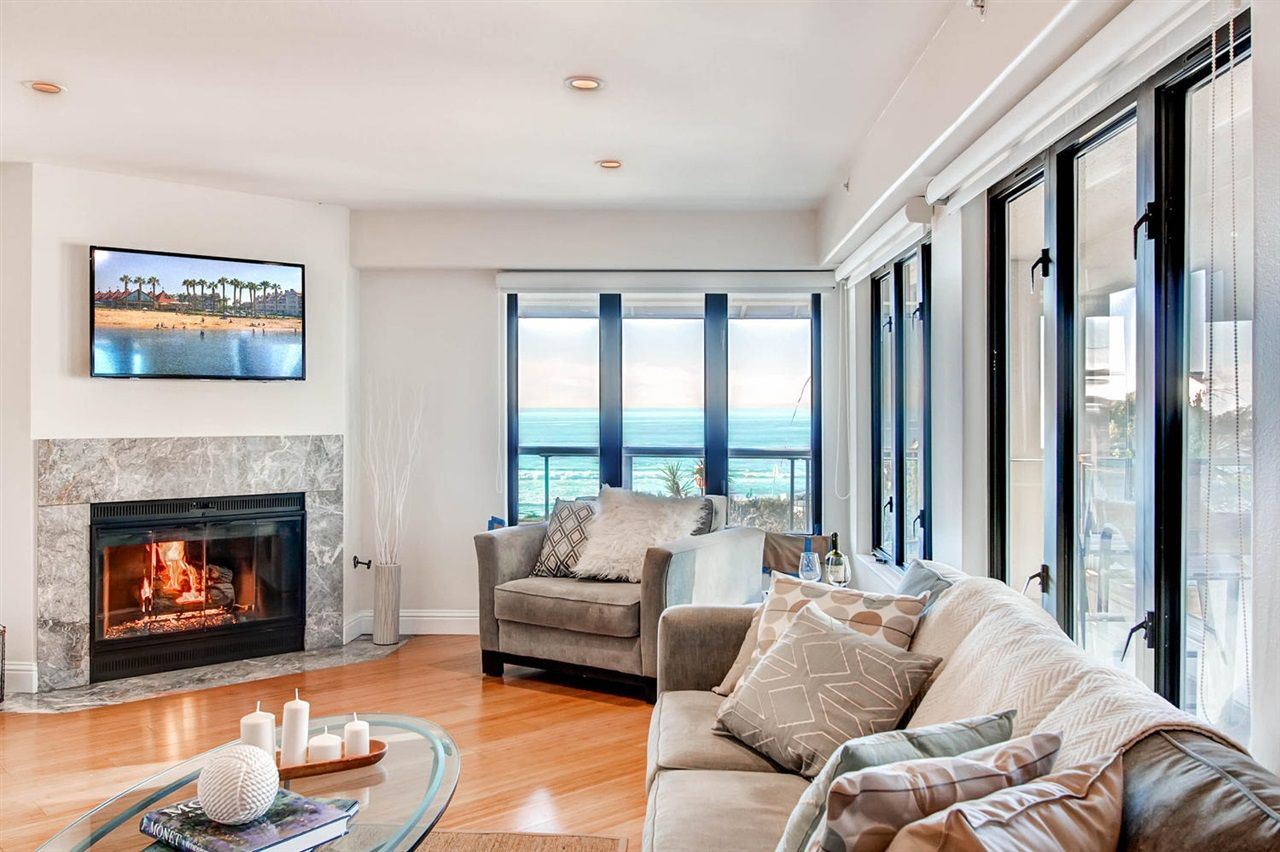 Main Photo: LA JOLLA Condo for sale : 2 bedrooms : 333 Coast Blvd ##5