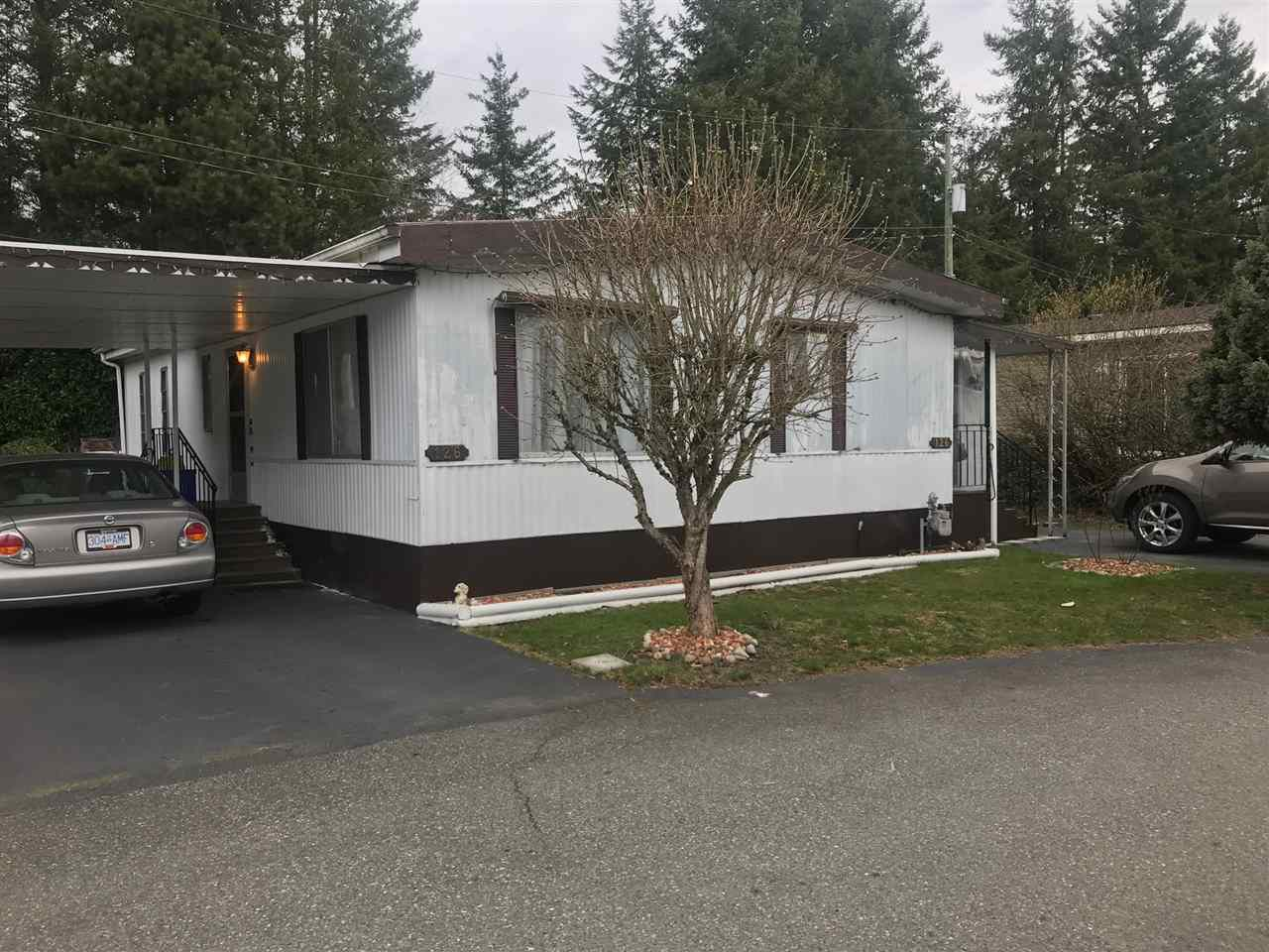 """Main Photo: 126 3031 200 Street in Langley: Brookswood Langley Manufactured Home for sale in """"Cedar Creek Estates"""" : MLS®# R2247153"""