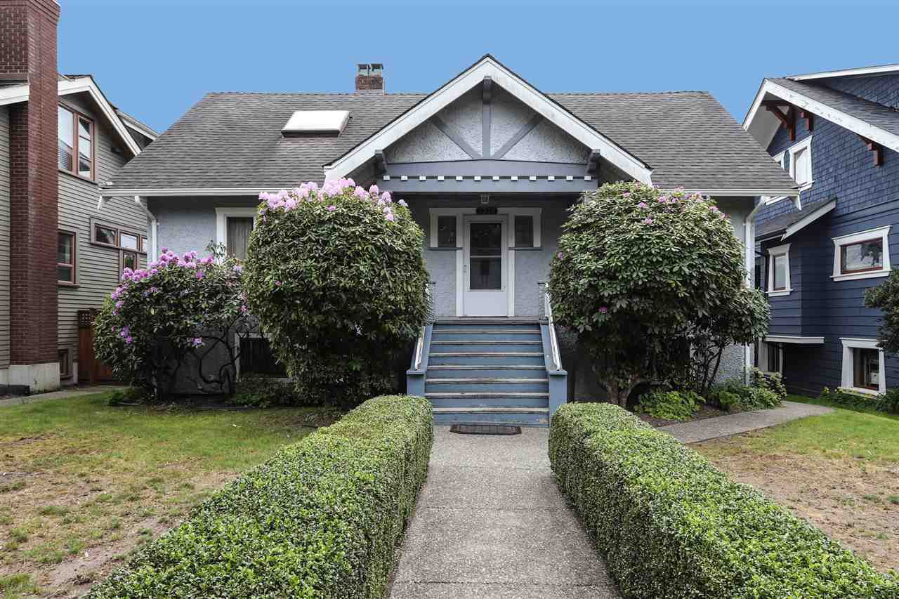 Main Photo: 3336 W 37TH Avenue in Vancouver: Dunbar House for sale (Vancouver West)  : MLS®# R2338779