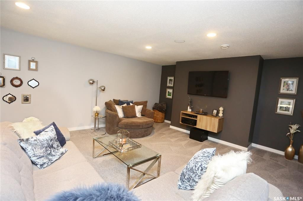 Main Photo: 2203 1015 Patrick Crescent in Saskatoon: Willowgrove Residential for sale : MLS®# SK759004