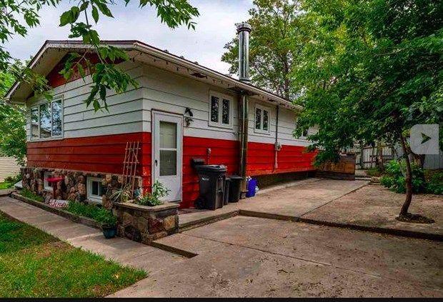 Main Photo: 803 11 Avenue: Cold Lake House for sale : MLS®# E4147465