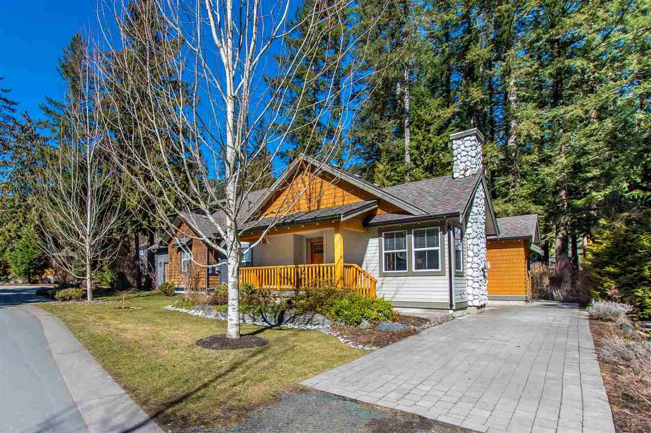 """Main Photo: 43535 COTTON TAIL Crossing: Lindell Beach House for sale in """"THE COTTAGES AT CULTUS LAKE"""" (Cultus Lake)  : MLS®# R2349747"""