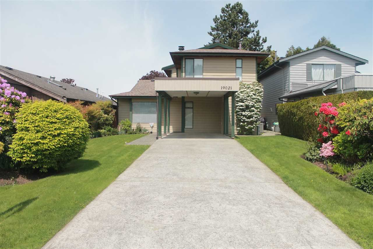 Main Photo: 19021 117 A Avenue in Pitt Meadows: Central Meadows House for sale : MLS®# R2373694