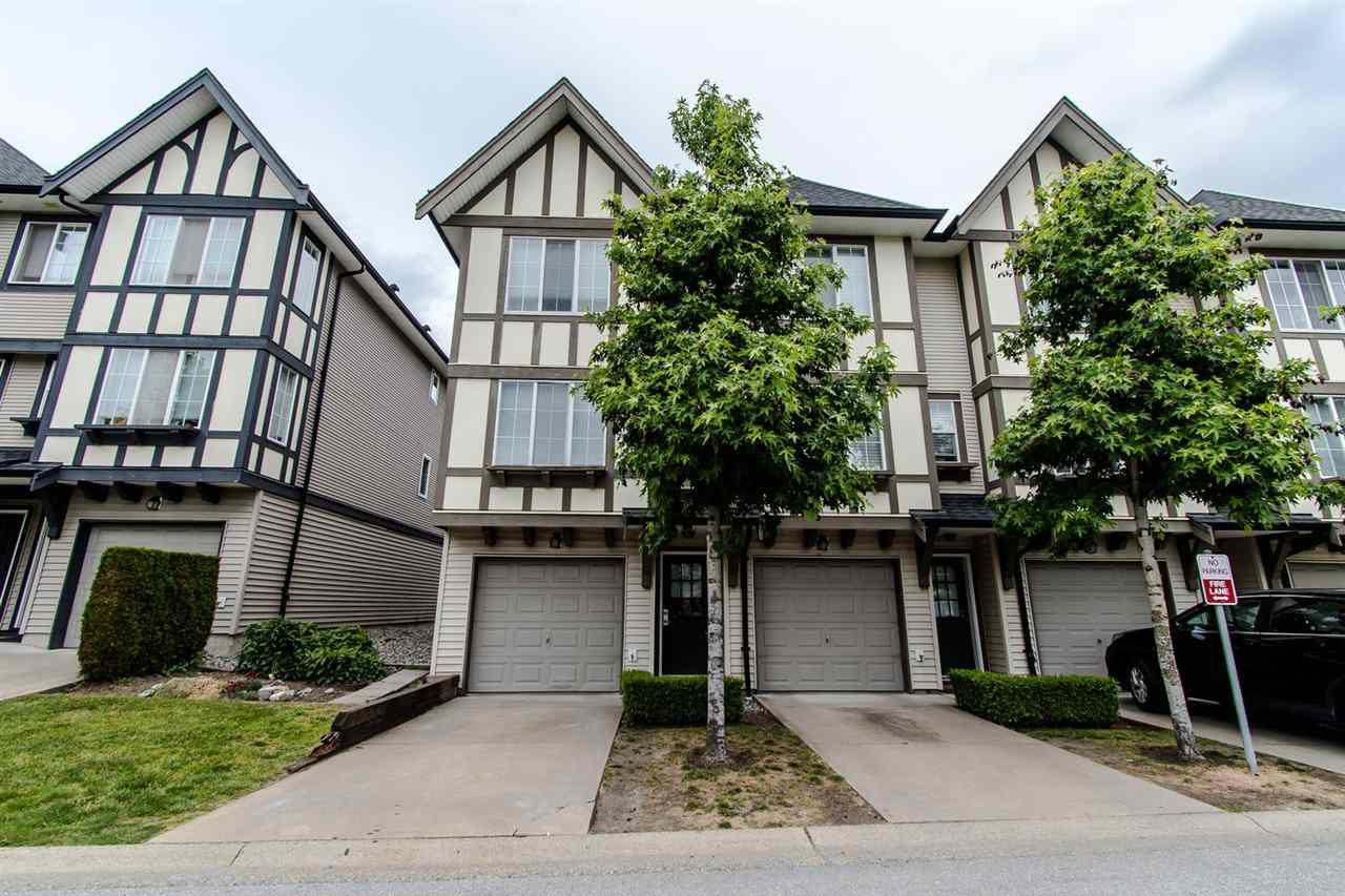 "Main Photo: 152 20875 80 Avenue in Langley: Willoughby Heights Townhouse for sale in ""Willoughby Heights"" : MLS®# R2374909"