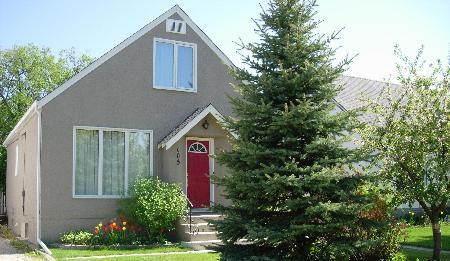 Main Photo: 108 Vivian Avenue: Residential for sale (St. Vital)  : MLS®# 2913169