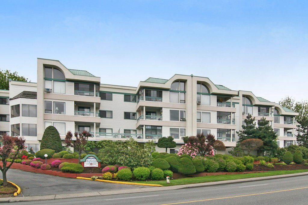 """Main Photo: 101 33030 GEORGE FERGUSON Way in Abbotsford: Central Abbotsford Condo for sale in """"Carlise"""" : MLS®# F1446817"""