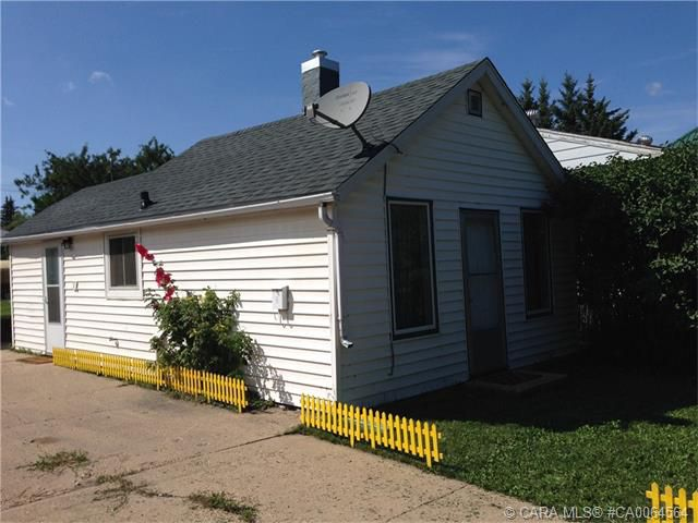 Main Photo: 5308 54 Street in Camrose: CA NBHD 10 Residential for sale (Camrose City)  : MLS®# CA0064564