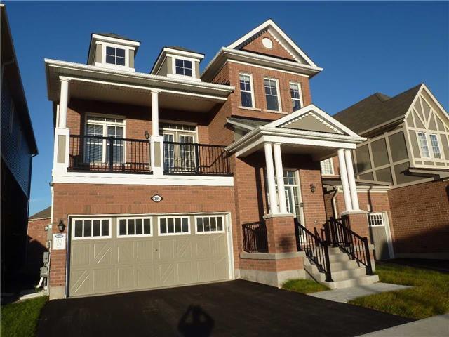 Main Photo: 395 Trudeau Drive in Milton: Clarke House (2-Storey) for sale : MLS®# W3356583