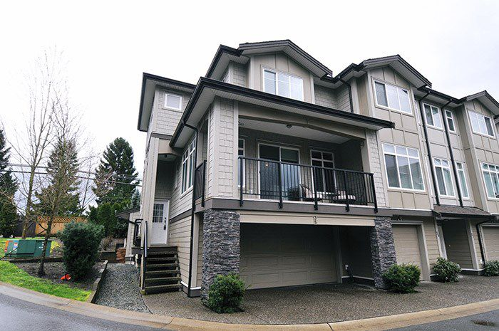 "Main Photo: 35 22865 TELOSKY Avenue in Maple Ridge: East Central Townhouse for sale in ""WINDSONG"" : MLS®# R2036776"