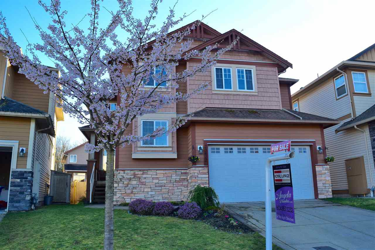 Main Photo: 23422 GRIFFEN Road in Maple Ridge: Cottonwood MR House for sale : MLS®# R2047107