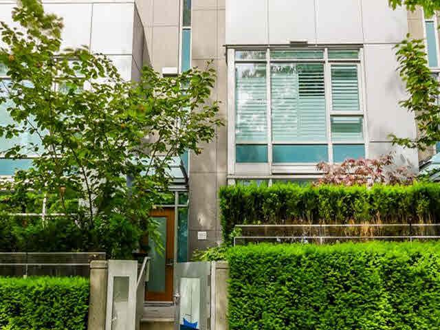 Main Photo: 1253 W CORDOVA STREET in : Coal Harbour Townhouse for sale : MLS®# V1126697