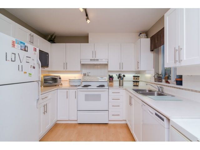 Main Photo: 106 19750 64 AVENUE in : Willoughby Heights Condo for sale : MLS®# R2016215