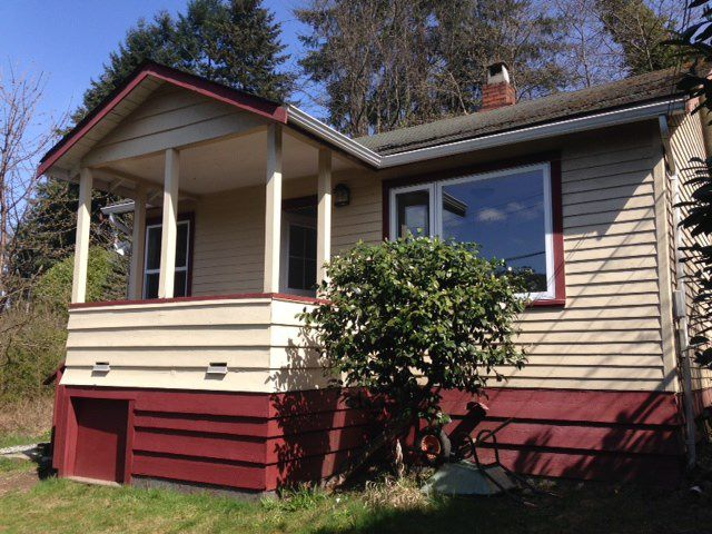 Main Photo: 354 HEADLANDS Road in Gibsons: Gibsons & Area House for sale (Sunshine Coast)  : MLS®# R2155776