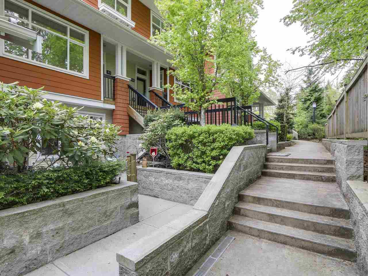 """Main Photo: 53 6878 SOUTHPOINT Drive in Burnaby: South Slope Townhouse for sale in """"CORTINA"""" (Burnaby South)  : MLS®# R2164793"""