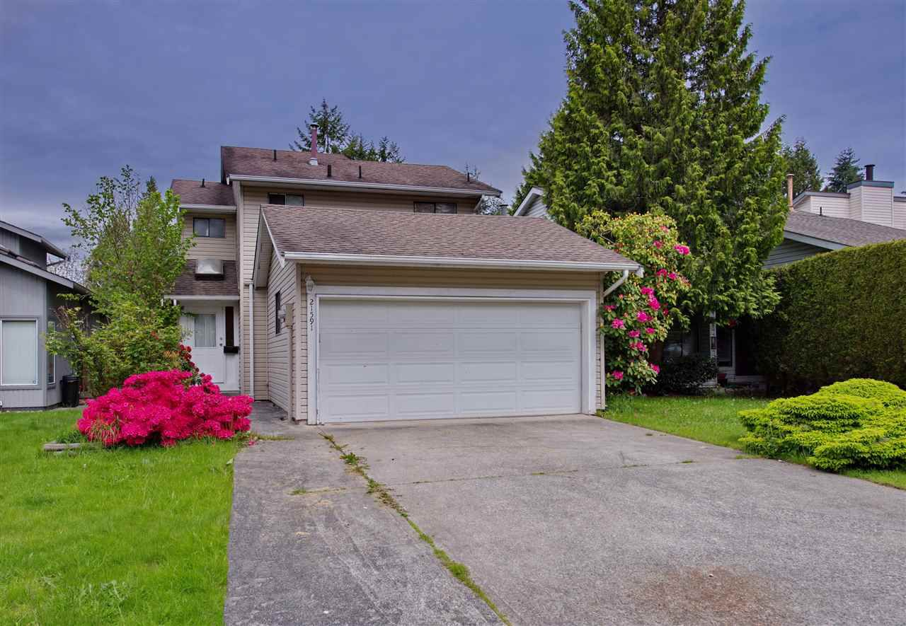 Main Photo: 21591 CHERRINGTON Avenue in Maple Ridge: West Central House for sale : MLS®# R2168742