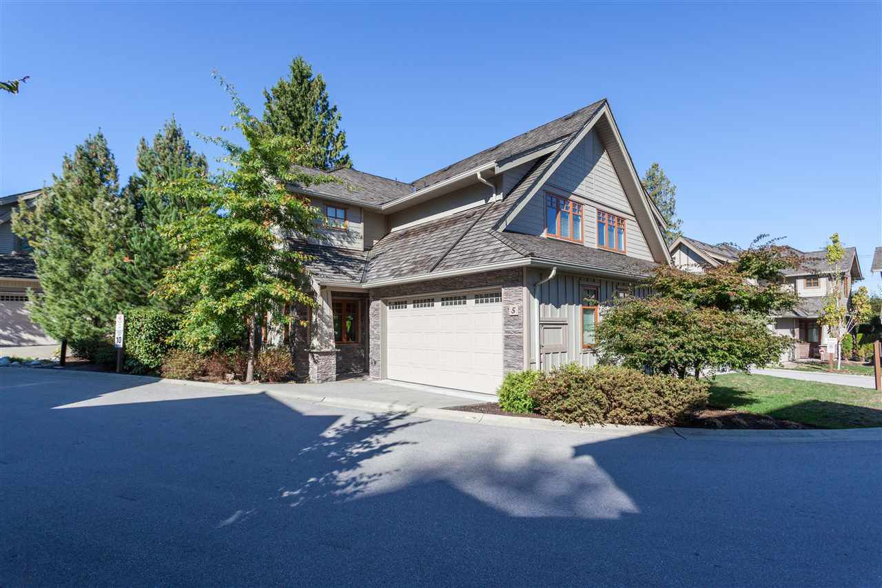 Main Photo: 5 3122 160 STREET in Surrey: Grandview Surrey Townhouse for sale (South Surrey White Rock)  : MLS®# R2210618