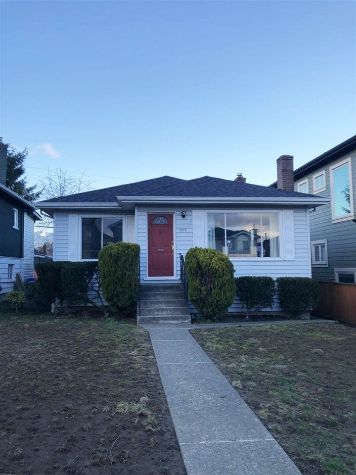 Main Photo: 3059 E 3RD Avenue in Vancouver: Renfrew VE House for sale (Vancouver East)  : MLS®# R2238117