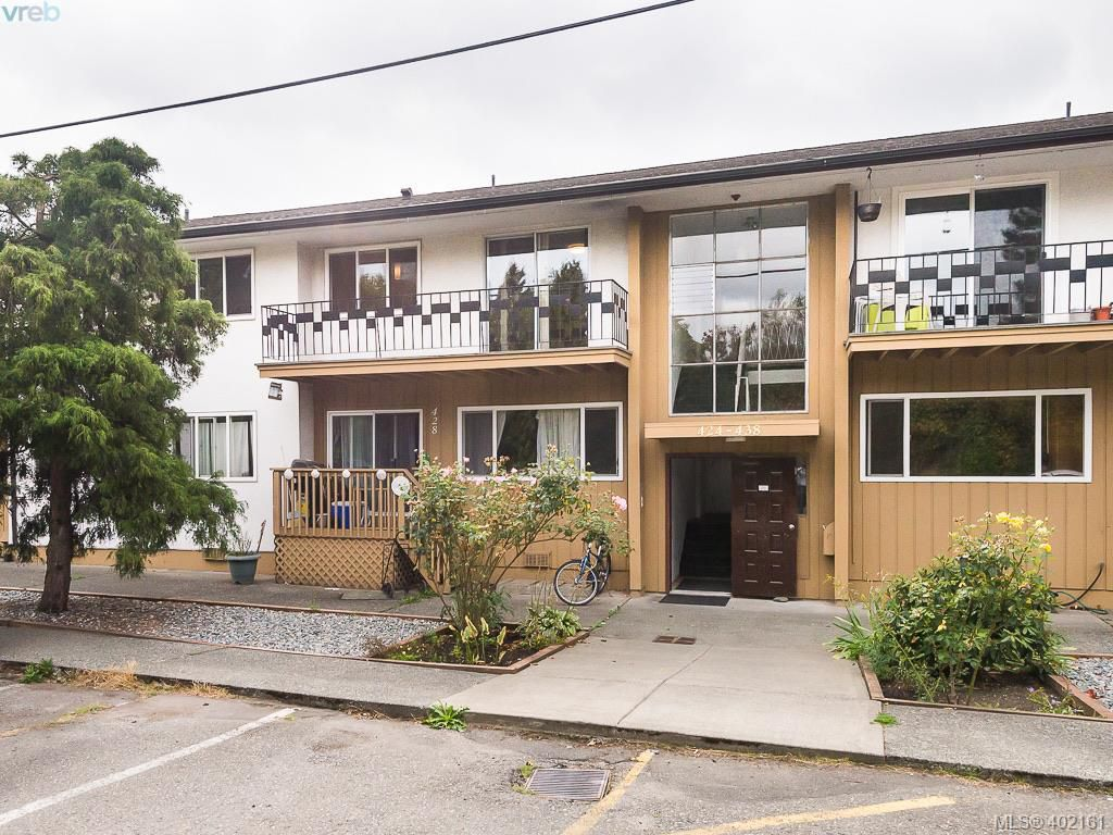 Main Photo: 436 W Burnside Road in VICTORIA: SW Tillicum Condo Apartment for sale (Saanich West)  : MLS®# 402161