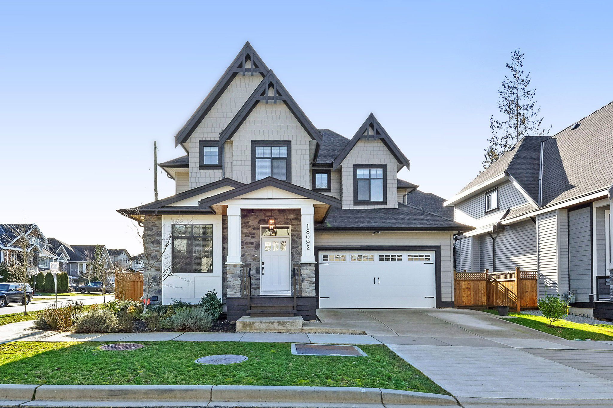 Main Photo: 18092 67 Avenue in Surrey: Cloverdale BC House for sale (Cloverdale)  : MLS®# R2336460