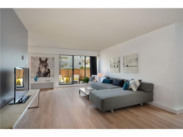 Main Photo: 101 1585 E 4TH Avenue in Vancouver: Grandview VE Condo for sale (Vancouver East)  : MLS®# V949221