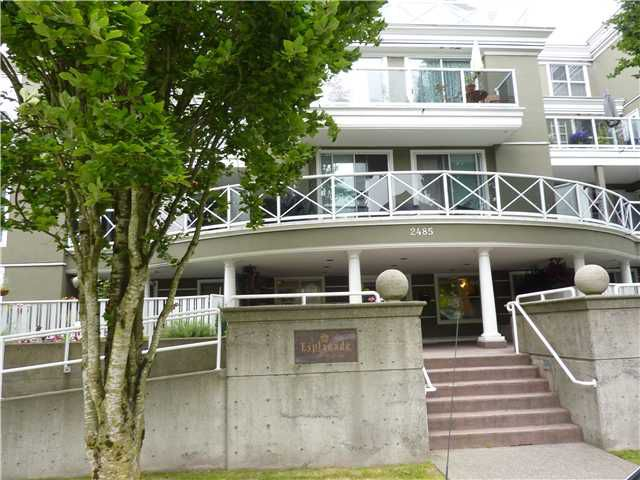 Main Photo: 205 2485 ATKINS Avenue in Port Coquitlam: Central Pt Coquitlam Condo for sale : MLS®# V991278