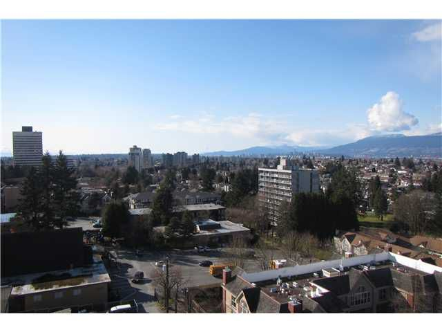 "Main Photo: 1206 5652 PATTERSON Avenue in Burnaby: Central Park BS Condo for sale in ""CENTRAL PARK PLACE"" (Burnaby South)  : MLS®# V1044313"