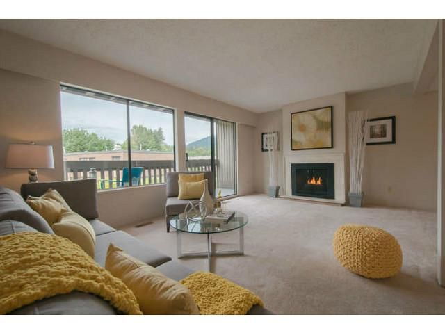 """Main Photo: 995 OLD LILLOOET Road in North Vancouver: Lynnmour Townhouse for sale in """"LYNNMOUR WEST"""" : MLS®# V1066492"""