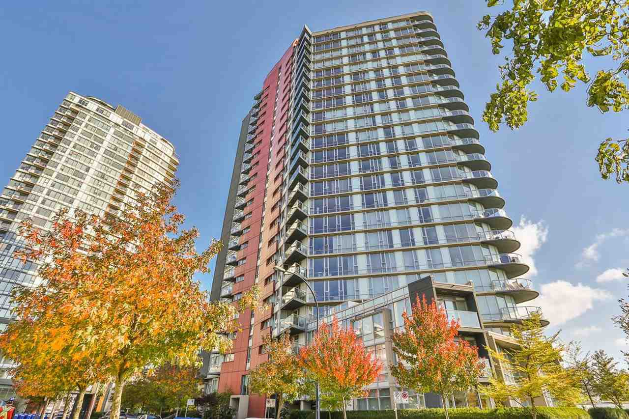 "Main Photo: 1106 918 COOPERAGE Way in Vancouver: Yaletown Condo for sale in ""MARINER"" (Vancouver West)  : MLS®# R2008013"