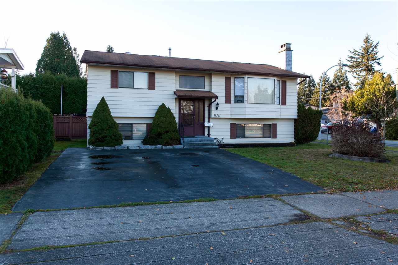"Main Photo: 11241 143A Street in Surrey: Bolivar Heights House for sale in ""BOLIVIAR HEIGHTS"" (North Surrey)  : MLS®# R2017686"