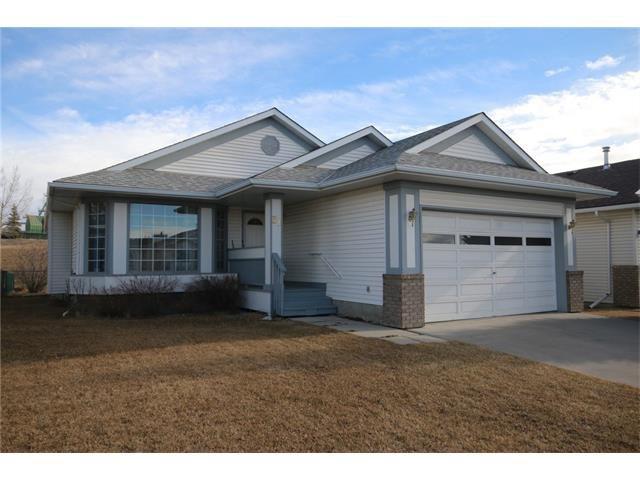 Main Photo: 31 RIVERVIEW Close: Cochrane House for sale : MLS®# C4055630