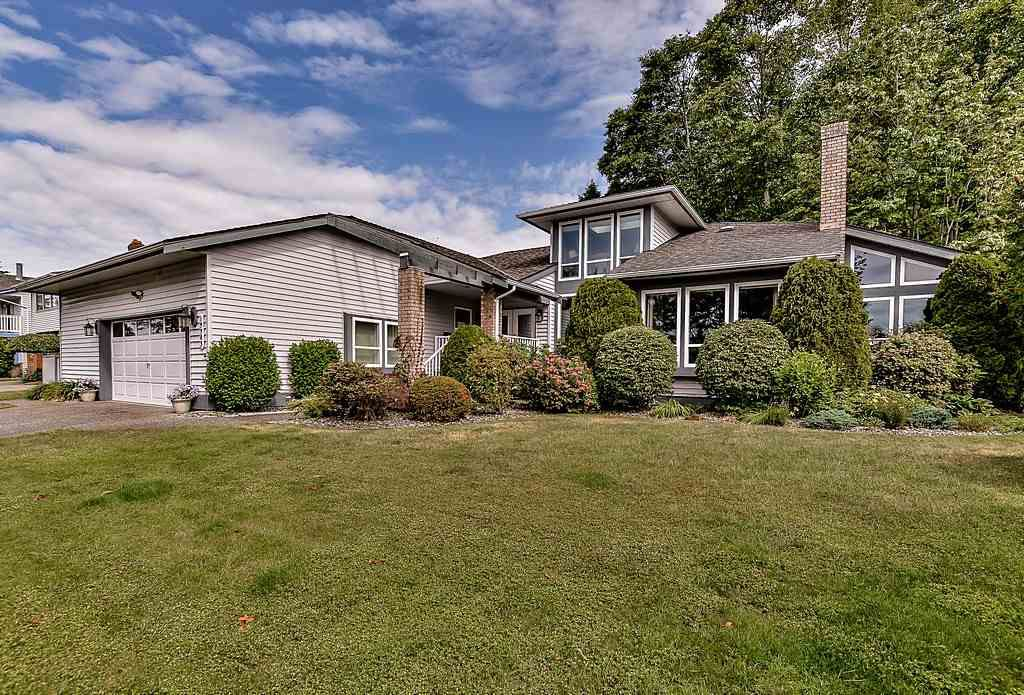 """Main Photo: 13383 14A Avenue in Surrey: Crescent Bch Ocean Pk. House for sale in """"Marine Terrace"""" (South Surrey White Rock)  : MLS®# R2076476"""