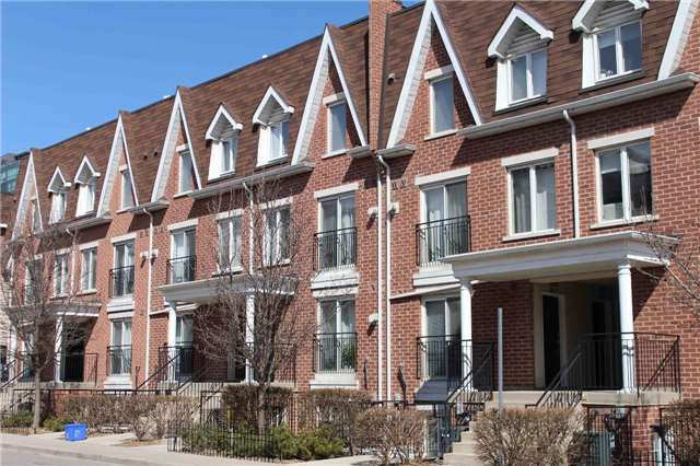 Main Photo: 606 15 Laidlaw Street in Toronto: South Parkdale Condo for lease (Toronto W01)  : MLS®# W3739192
