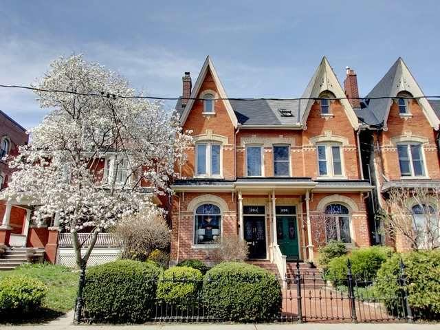 Main Photo: Cabbagetown Home