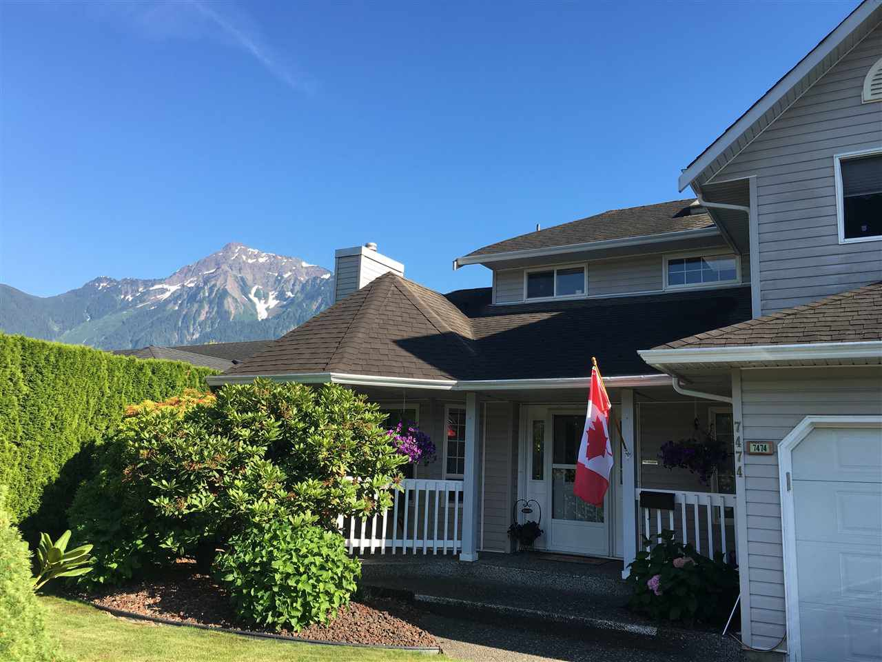 Main Photo: 7474 ARBUTUS Drive: Agassiz House for sale : MLS®# R2185830