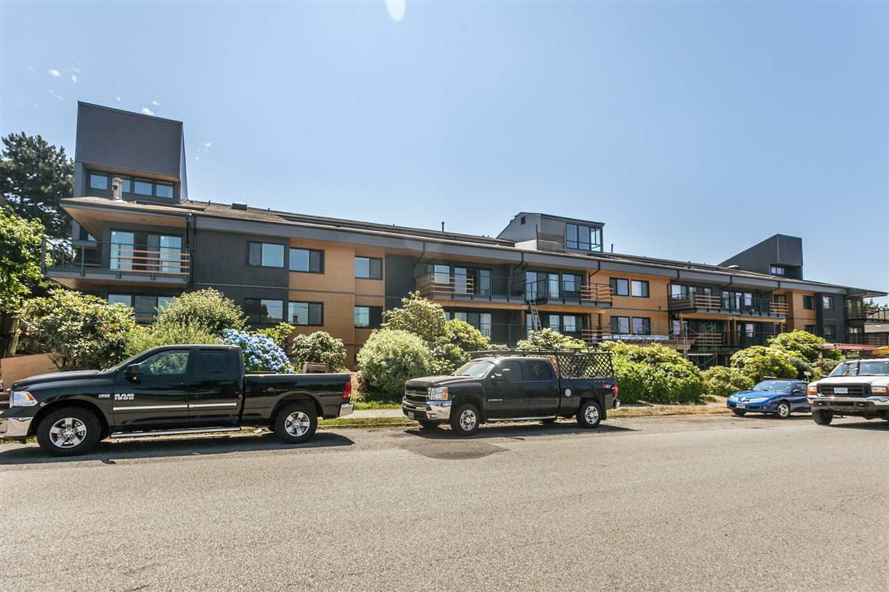 "Main Photo: 305 2336 WALL Street in Vancouver: Hastings Condo for sale in ""HARBOUR SHORES"" (Vancouver East)  : MLS®# R2186871"