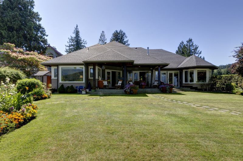 """Photo 4: Photos: 6478 N GALE Avenue in Sechelt: Sechelt District House for sale in """"THE SHORES"""" (Sunshine Coast)  : MLS®# R2201773"""