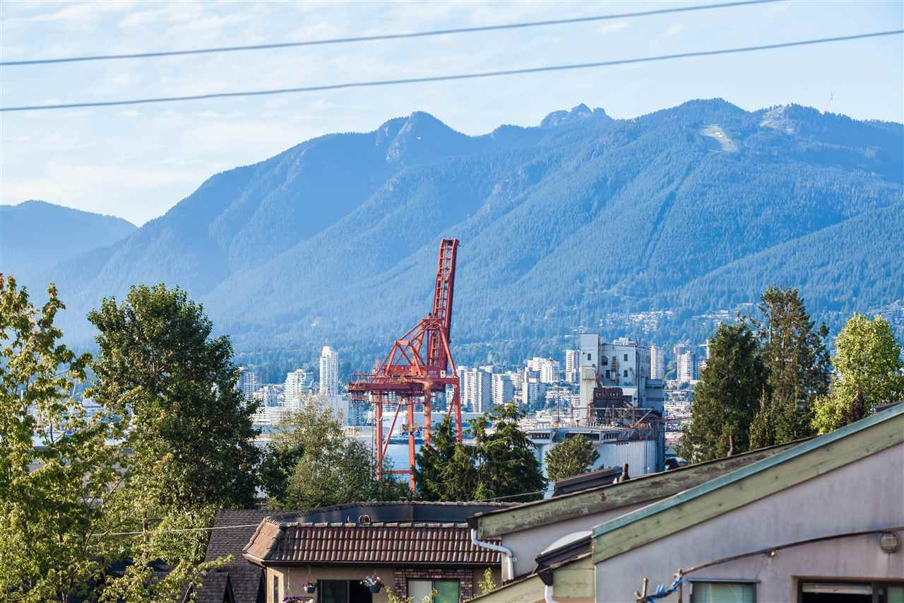 Main Photo: 403 1823 E GEORGIA Street in Vancouver: Hastings Condo for sale (Vancouver East)  : MLS®# R2216469