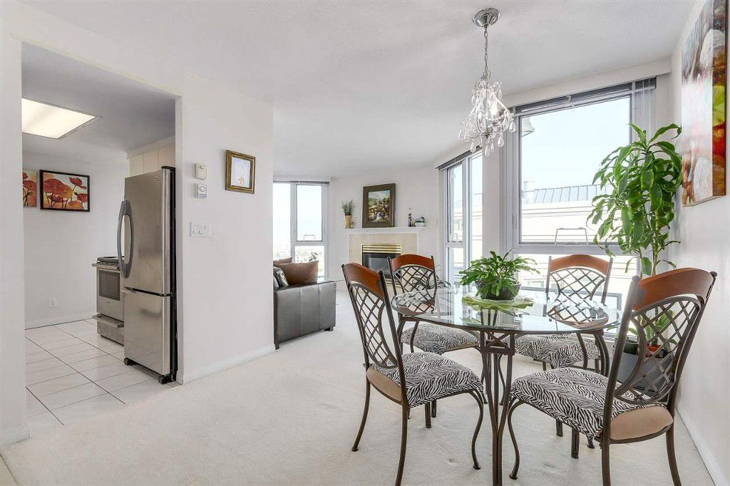 Main Photo: 813 500 W 10 Avenue in Vancouver: Fairview VW Condo for sale (Vancouver West)  : MLS®# R2210857