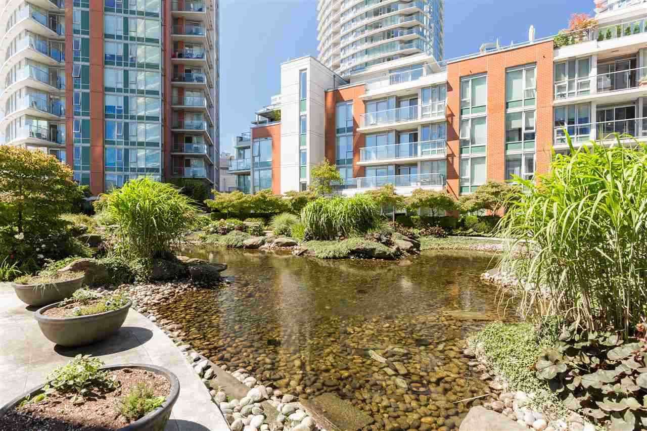 """Photo 9: Photos: 507 618 ABBOTT Street in Vancouver: Downtown VW Condo for sale in """"FIRENZE"""" (Vancouver West)  : MLS®# R2355051"""
