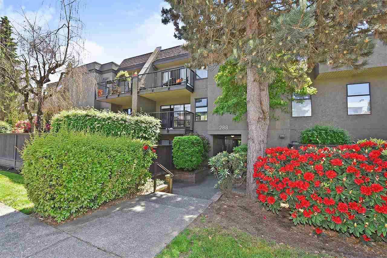 """Main Photo: 111 288 E 14TH Avenue in Vancouver: Mount Pleasant VE Condo for sale in """"VILLA SOPHIA"""" (Vancouver East)  : MLS®# R2374657"""