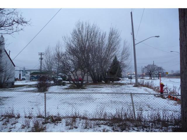 Main Photo: 892 Lagimodiere Boulevard in WINNIPEG: St Boniface Residential for sale (South East Winnipeg)  : MLS®# 1200480
