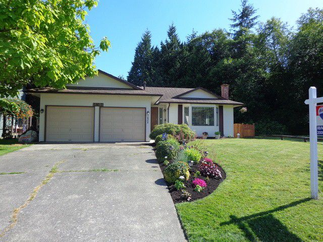 """Main Photo: 14304 18TH Avenue in Surrey: Sunnyside Park Surrey House for sale in """"Oceanbluff"""" (South Surrey White Rock)  : MLS®# F1415581"""