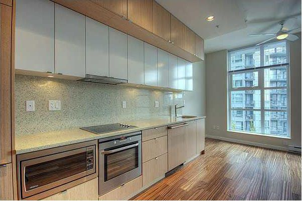 "Main Photo: 608 1205 HOWE Street in Vancouver: Downtown VW Condo for sale in ""ALTO"" (Vancouver West)  : MLS®# R2025875"