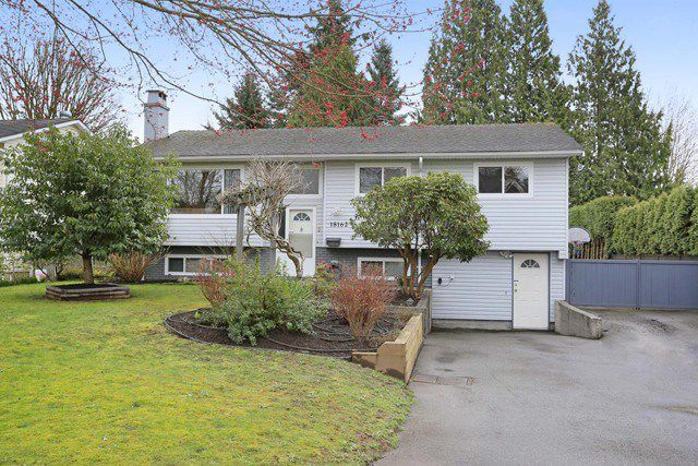 Main Photo: 18162 61B Avenue in Surrey: Cloverdale BC House for sale (Cloverdale)  : MLS®# R2042891