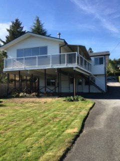 Main Photo: 985 CALVERHALL Street in North Vancouver: Calverhall House for sale : MLS®# R2108868