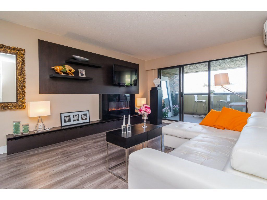 """Main Photo: 307 1320 FIR Street: White Rock Condo for sale in """"THE WILLOWS"""" (South Surrey White Rock)  : MLS®# R2112912"""