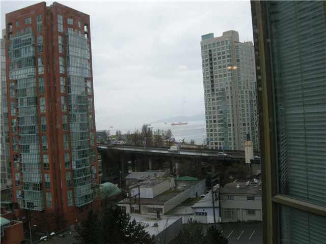 Main Photo: 909 888 PACIFIC STREET in : Yaletown Condo for sale : MLS®# V879471