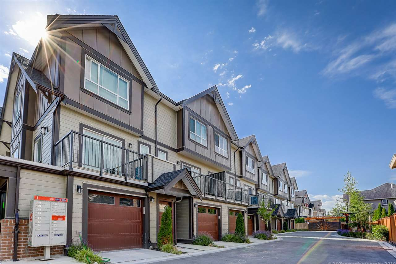Main Photo: 3 9840 ALBERTA Road in Richmond: McLennan North Townhouse for sale : MLS®# R2286774